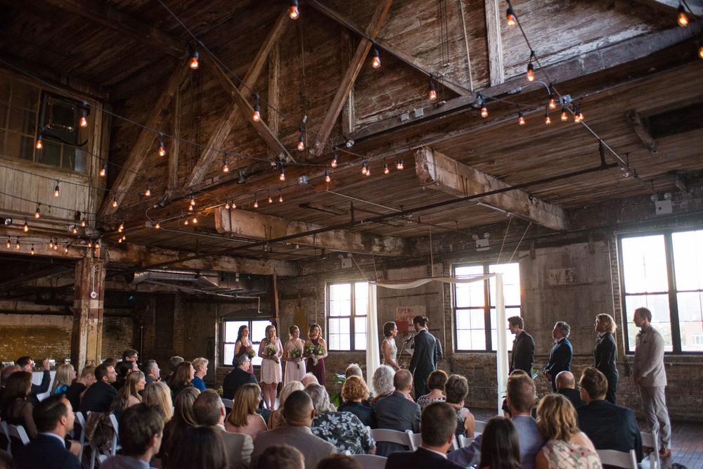 _D800654greenpoint-lofts-brooklyn-wedding-037.jpg