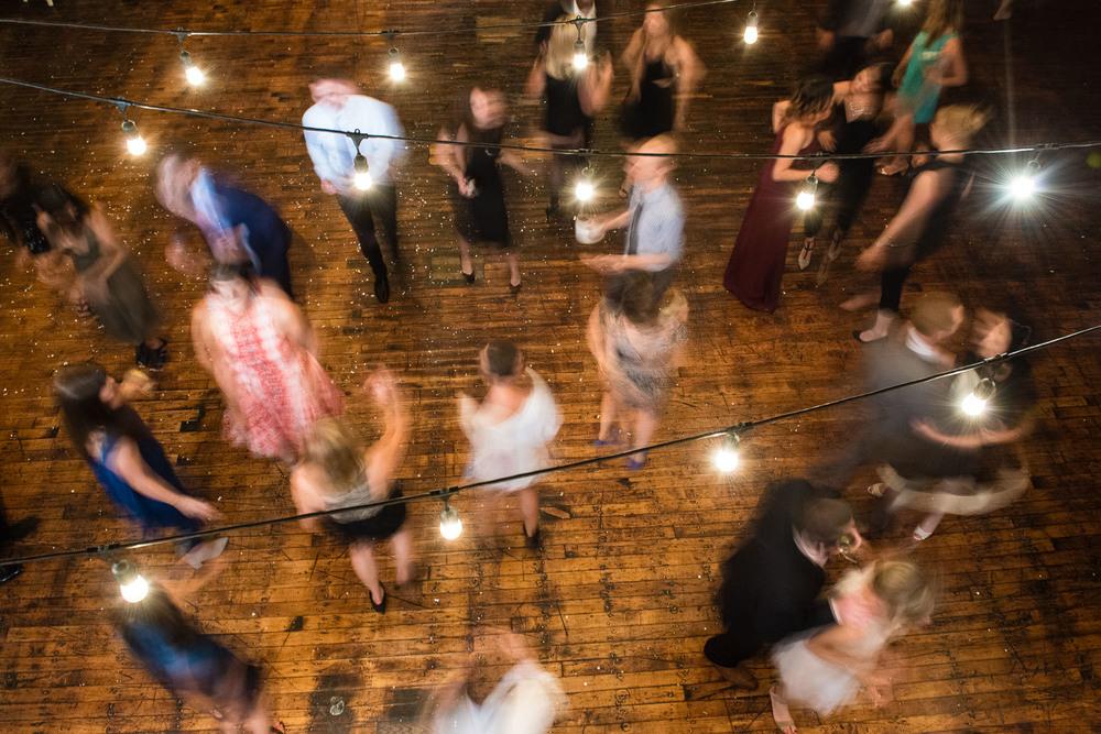_D800895greenpoint-lofts-brooklyn-wedding-065.jpg