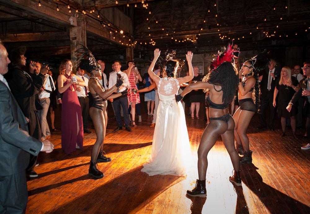D7L_0571greenpoint-lofts-brooklyn-wedding-067.jpg