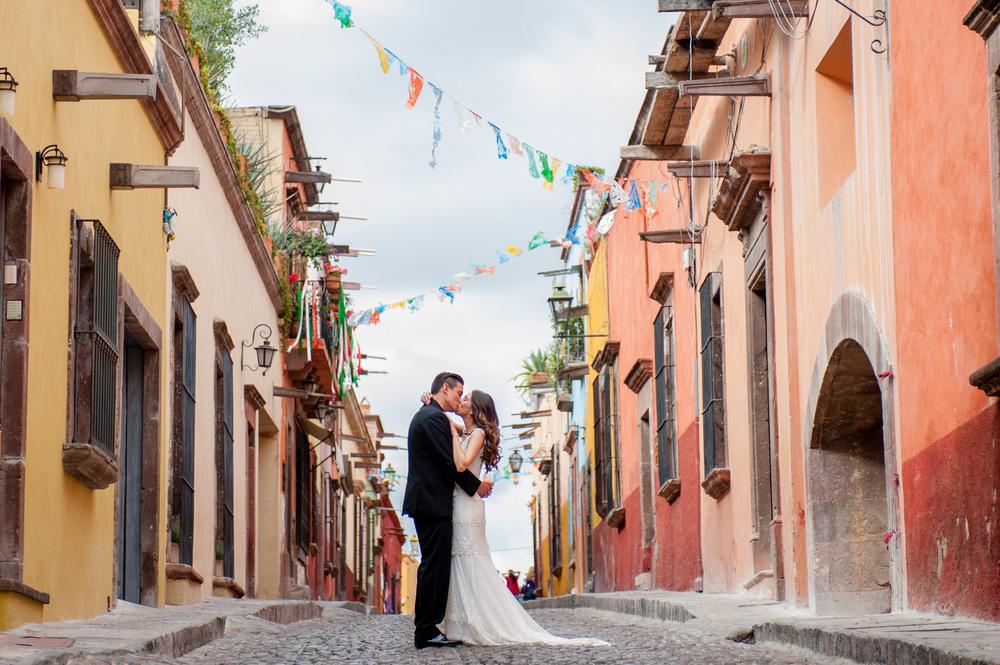 san-miguel-de-allende-wedding-DSC_3375.jpg