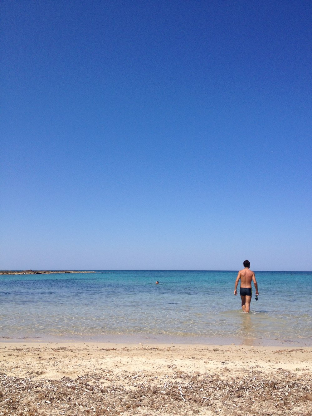 yoga-retreat-puglia-swim.JPG