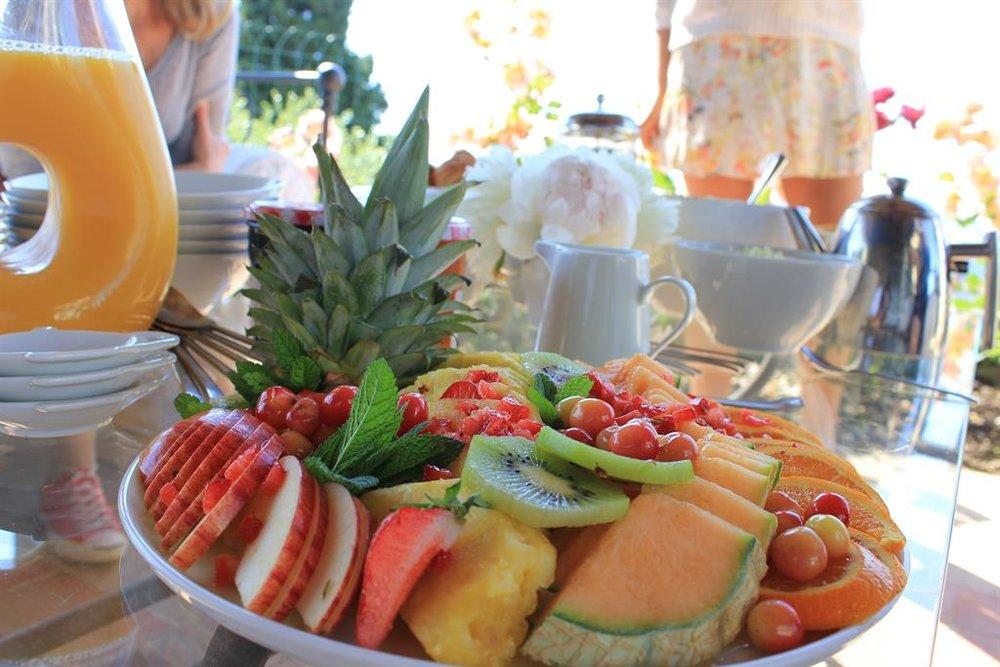 yoga-retreat-france-fruit.jpg