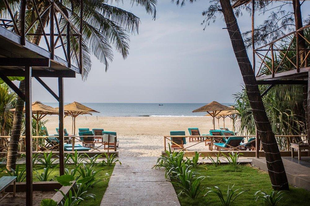 chia beach cafe.jpg