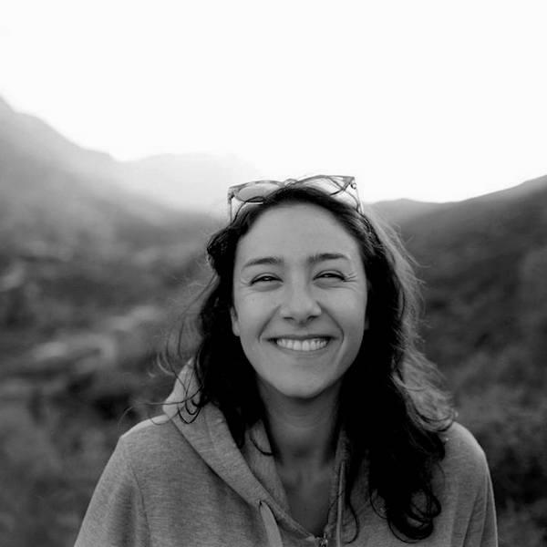 Zineb   - Enseignante Invitée:  Enseignante du Yoga Vinyasa et du Hatha Yoga (RYT 300+ Hrs)