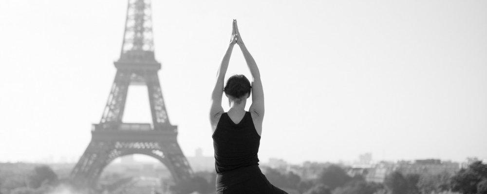 yoga_paris_yogainthecity_getyogi_coursyoga_tourEiffel-1200x480.jpg