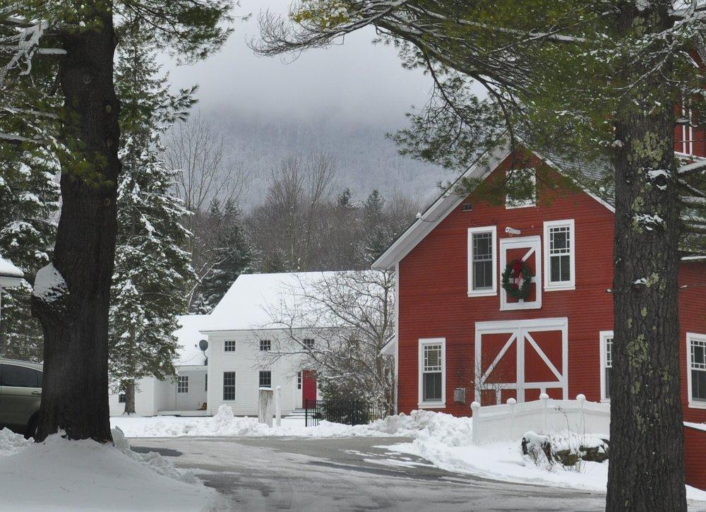 iStock_Red Christmas Barn.jpg