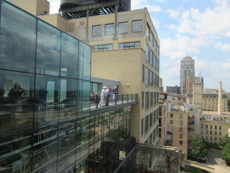 Perfect Photo Stop Atop the Mill City Museum