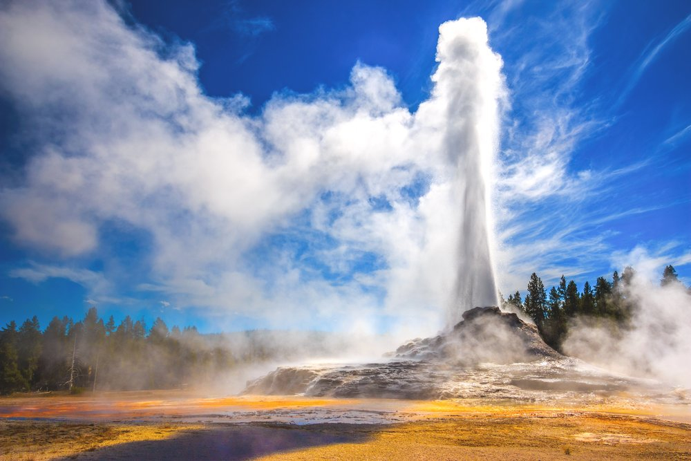 iStock-468052892 OLD FAITHFUL.jpg