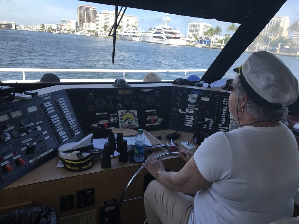 Donna kicked the captain off the wheel!