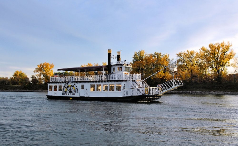 Lewis & Clark River Cruise.jpg