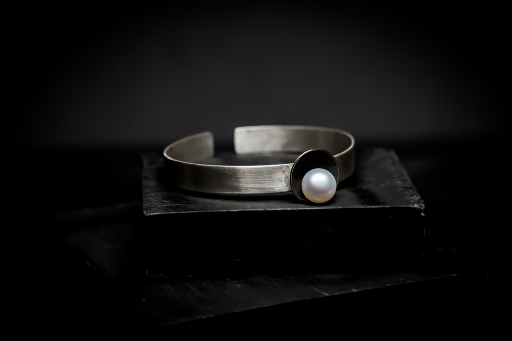 Cuff with Single Pearl