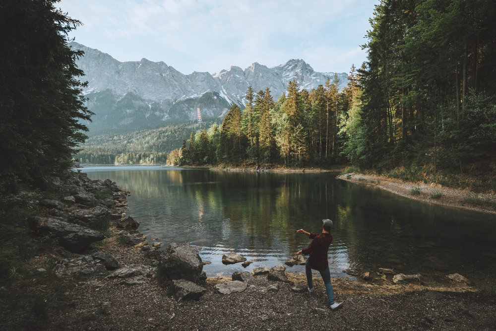 Skipping rocks on Eibsee