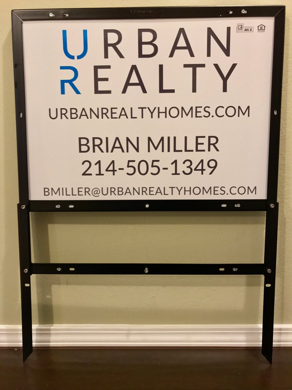 Urban Realty 18%22 x 24%22 Panel & EZ Frame.jpeg
