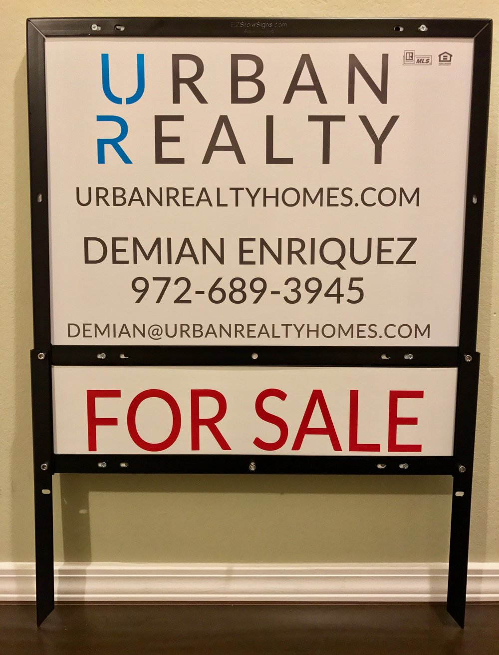 Urban Realty 18%22 x 24%22 Panel & 6%22 x 24%22 Custom Aluminum Rider & EZ Frame.jpeg