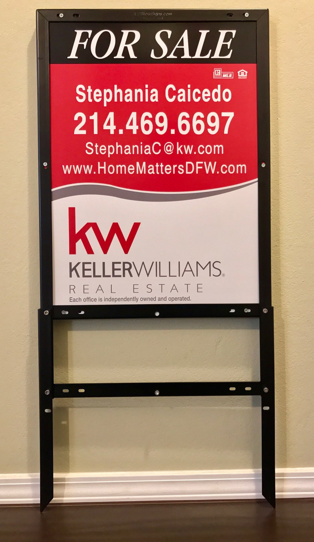 Keller Williams Realty 24%22 x 18%22 Panel & EZ Frame.jpeg