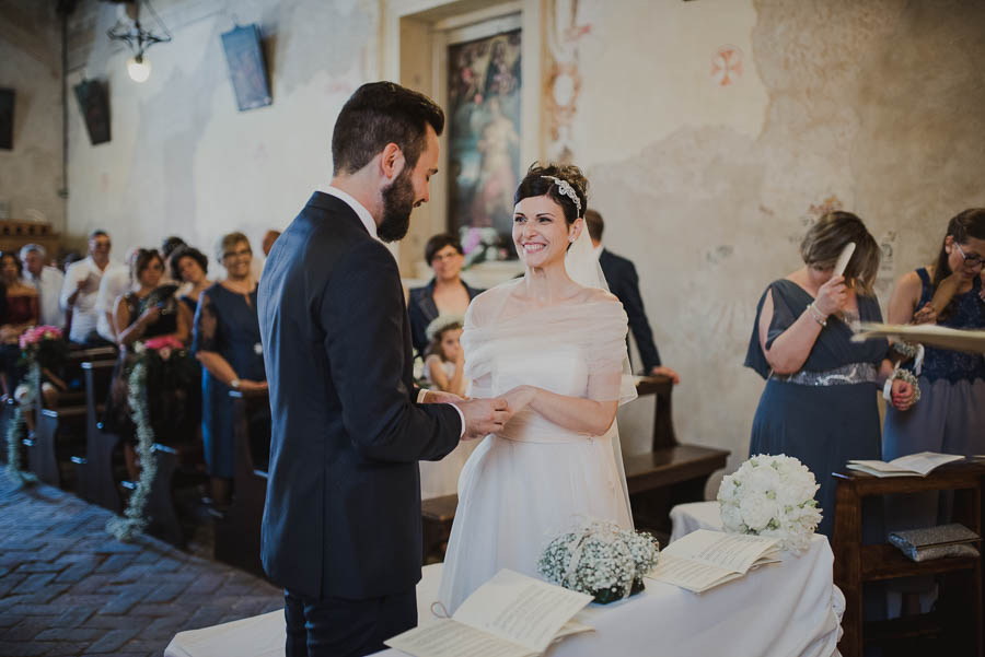 scambio degli anelli di matrimonio