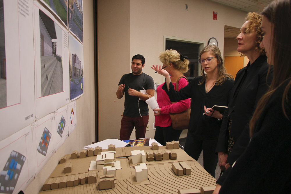 The public meeting was a good chance for students to explain and receive feedback from residents on our various design proposals for the Scarritt Renaissance neighborhood.