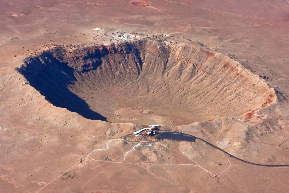 Meteor Crater 2.jpg
