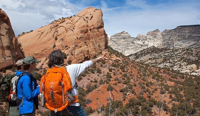 hikersnearsplitmountain.jpg