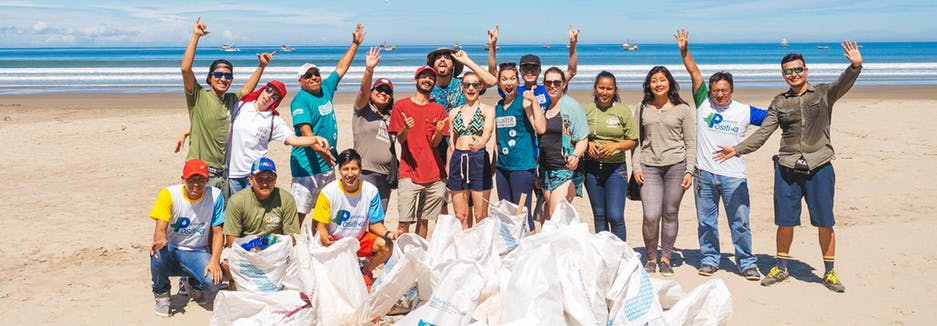 volunteer-in-ecuador-santa-elena-beach.jpg