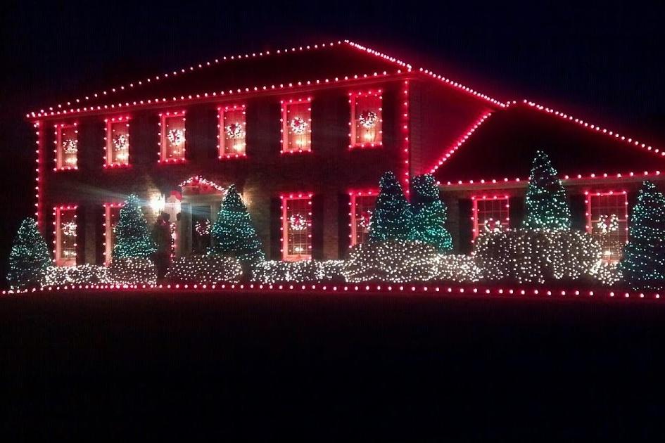 Christmas-lights-house.jpg