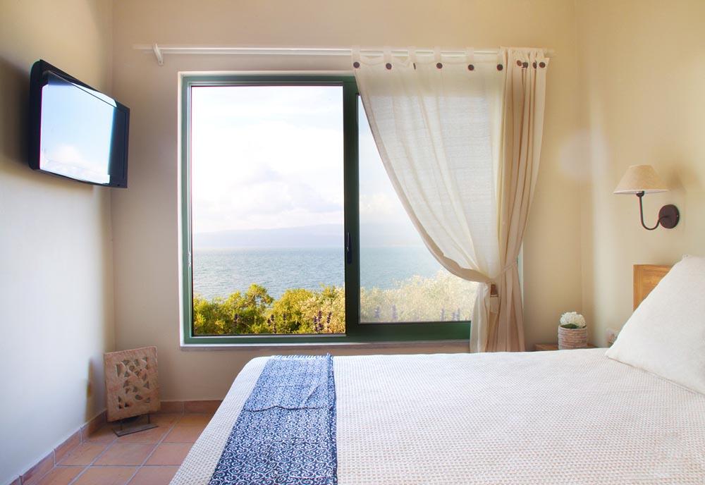 The-Villa-Amalia-Seafront-Estate-Interiors-Photos10.jpg