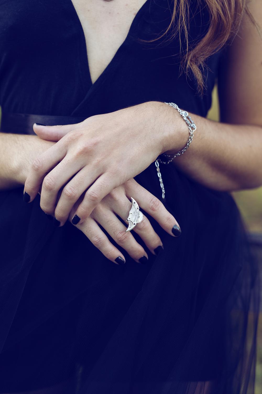 Featured: Grit (ring) || Cog (bracelet)