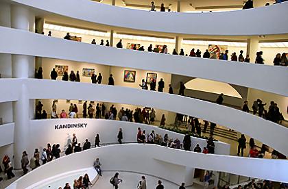 Guggenheim_Museum_NY_50th_anniversary_Kandinsky_shiningcolors_426.png