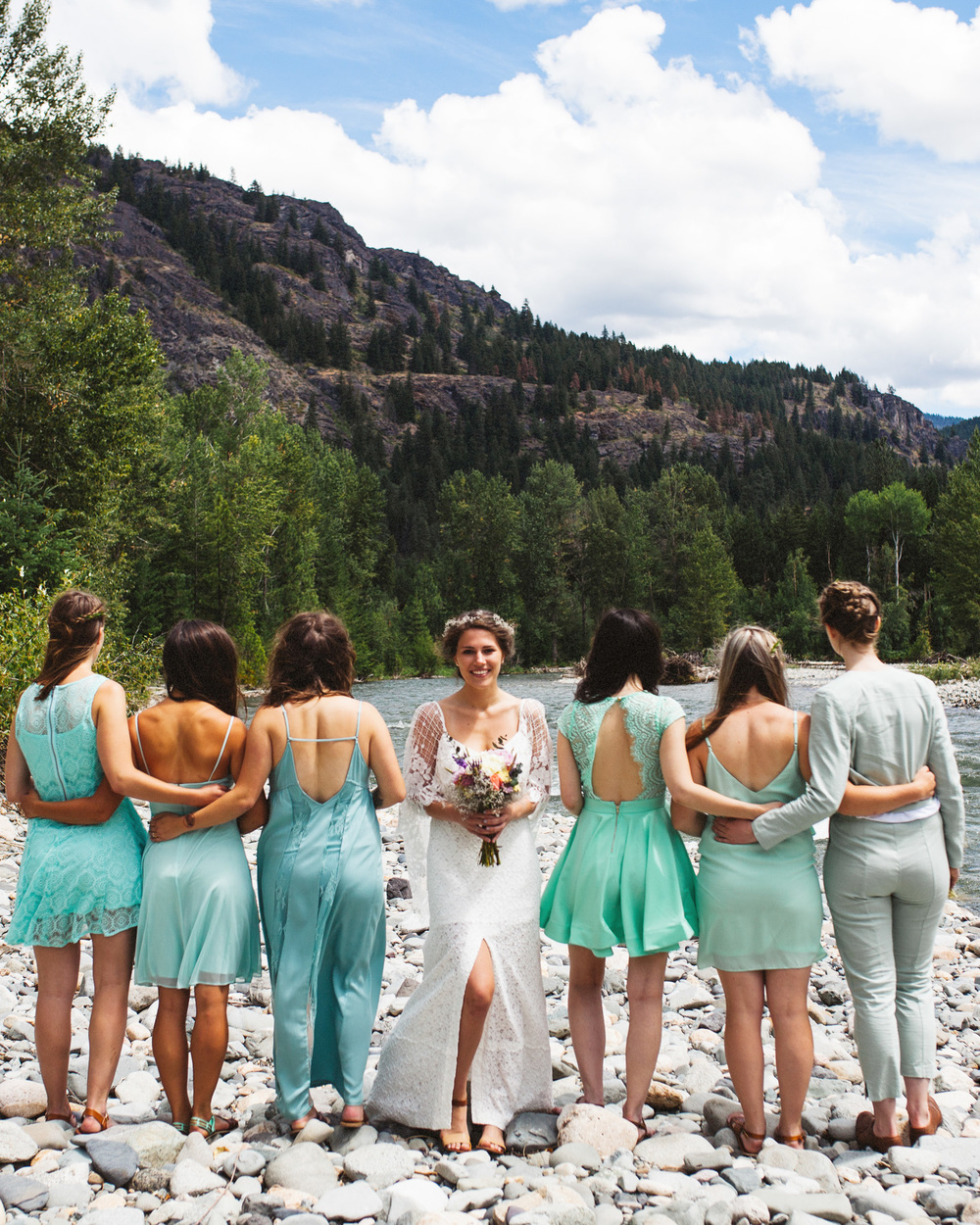 BRIDAL PARTY PHOTOS | MOUNTAIN WEDDING