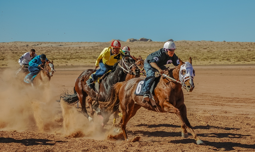 Horserace Action Open To All Ages On The Navajo Nation