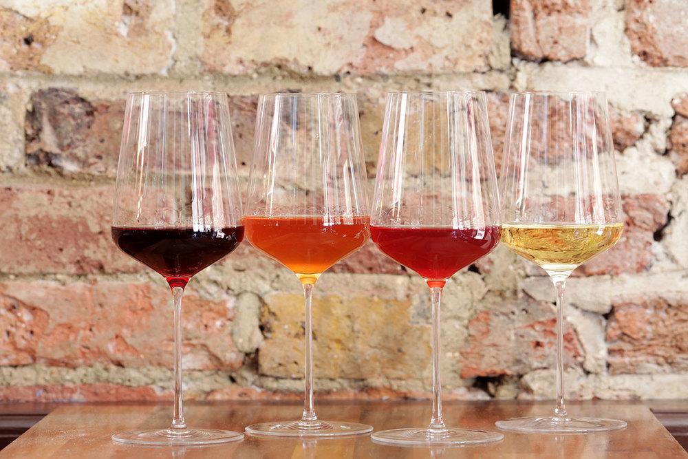 4-color-wine.jpg