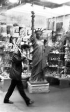 WebStatueofLibertyTimes Square70.jpg
