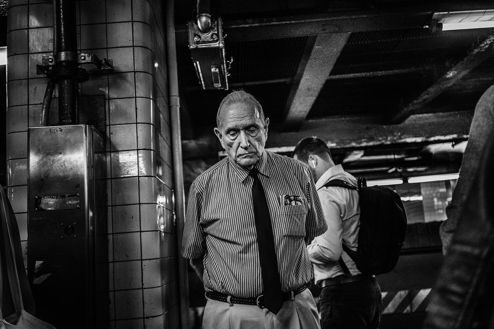 NYC_Subway_Old_Man_with_Tie_2017-016.jpg