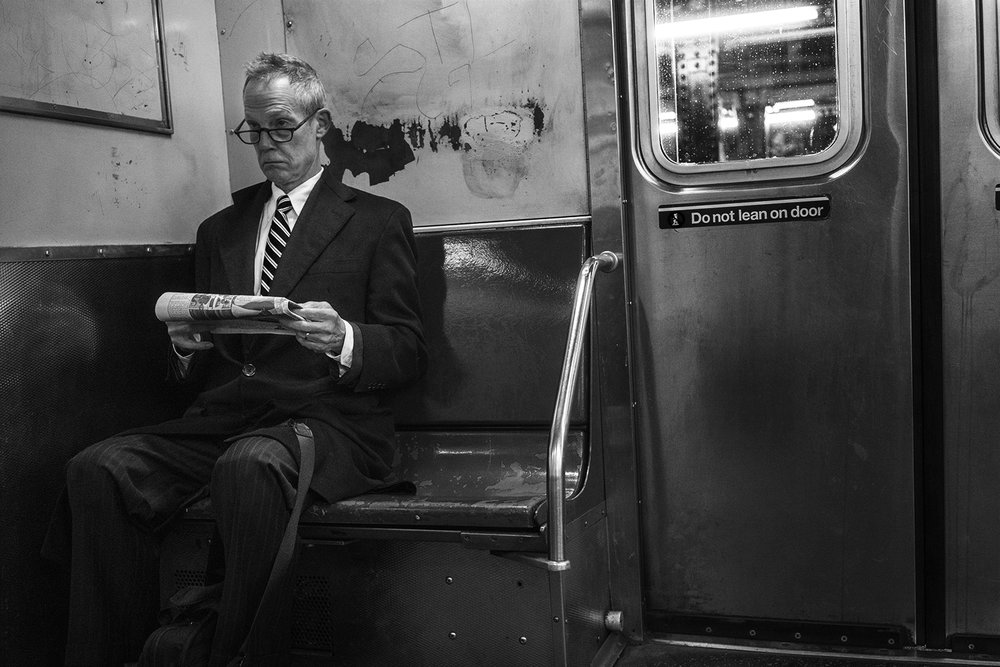 NYC_Subway_OldMan_Reading_2016-019.jpg