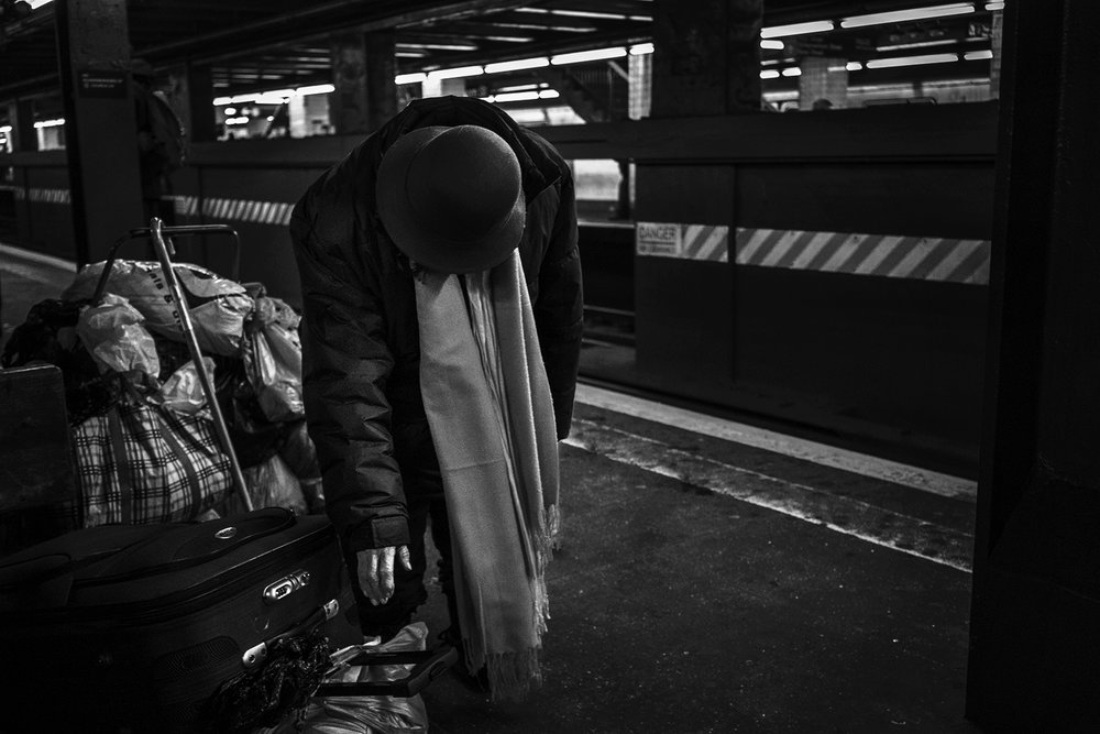 Brklyn_Subway_2018_Hoyt_Homeless_woman-113.jpg