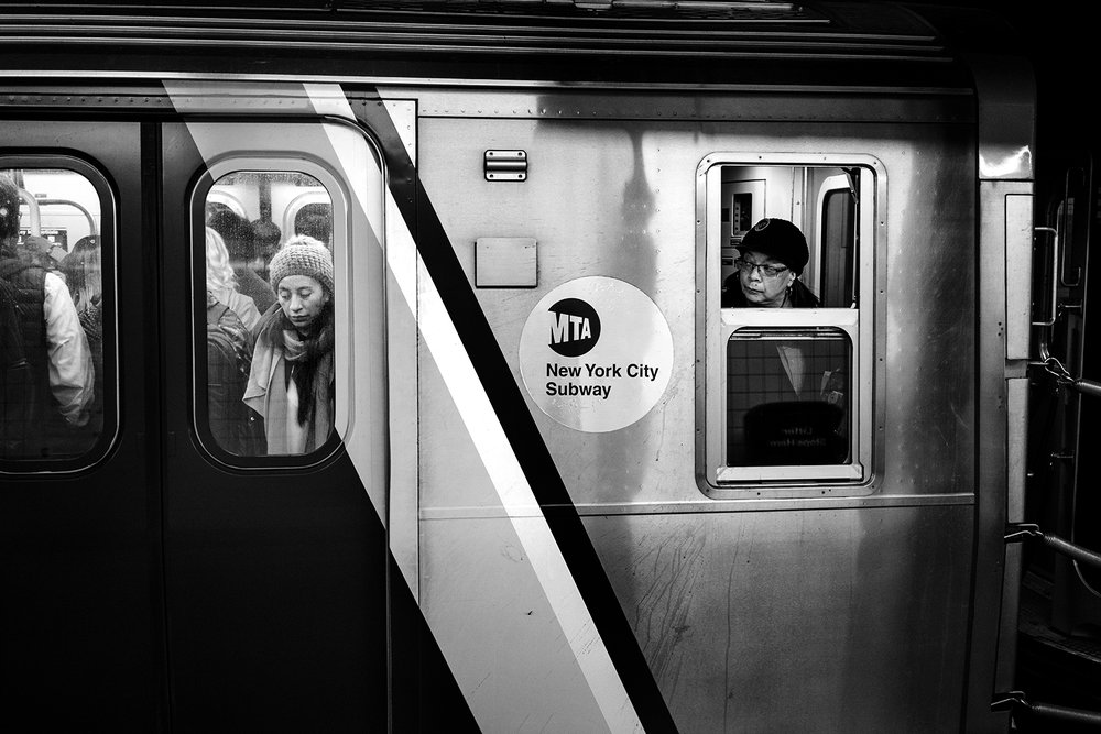 Brklyn_Subway_2017_Trapped_Straphanger-014.jpg