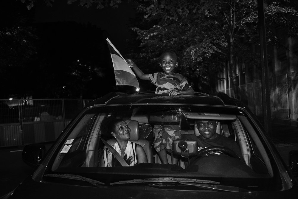 Paris_Street_2018_Young_Boy_waving_French_Flag-004BW.jpg