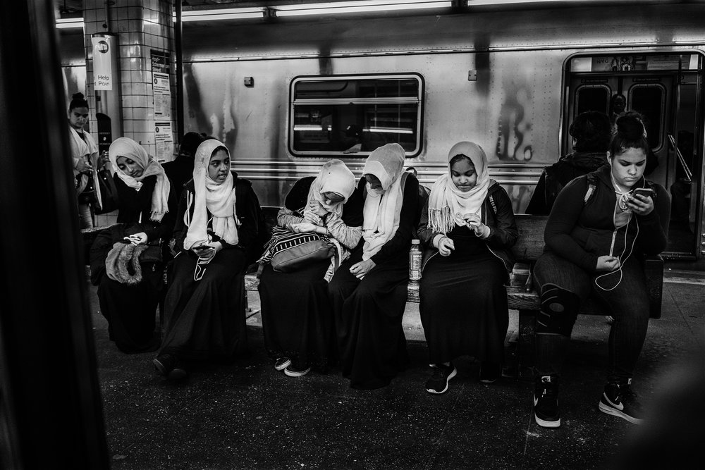 Brklyn_2018_Subway_Muslim_Girls-004.jpg