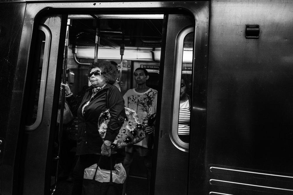 NYC_Subway_2017_Elton_John_Glasses_Old_Lady-004.jpg
