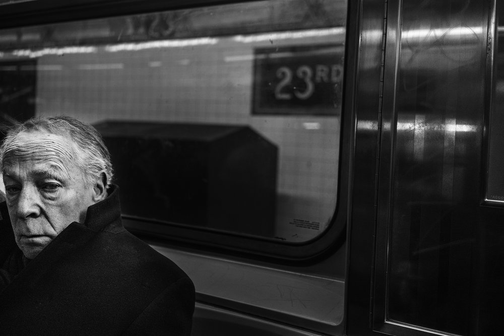 NYC_Subway_2018_Trench_Coat_Man-043.jpg