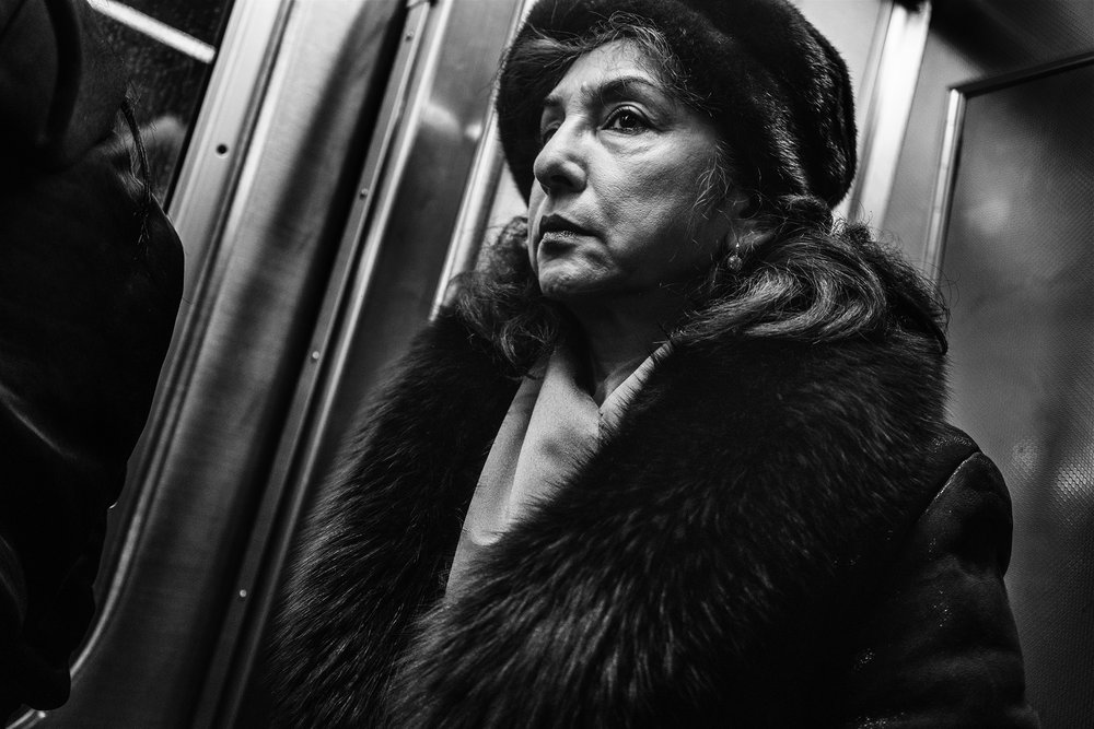 NYC_Subway_Woman_with_Mink_2017-008.jpg