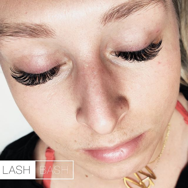 💫Service: Volume Refill 💵Cost: $95 👩🏼💼Technician:Olivia 📝Details: We create 2-5D handmade fans to craft the fluffy gorgeous lashes you've always dreamed of😍 ⭐️How to Book:⭐️ 📱267-603-4251 (Call) 📲267-214-2416 (Text2Book) 💻Go.booker.com/lashbash (Link in Bio)