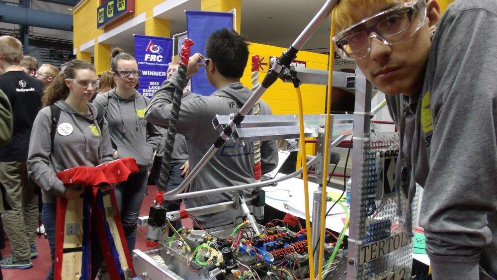 2513robot2014