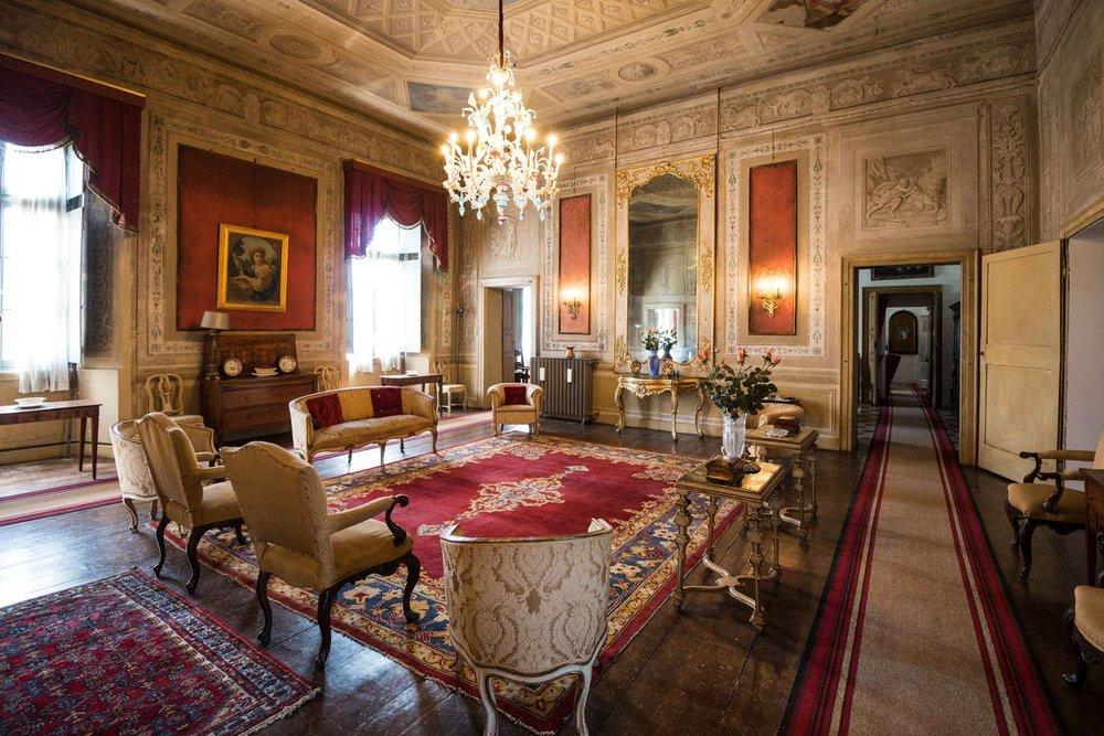Palazzo_Castiglioni_42-thumbnail-1600x1600-70.jpg