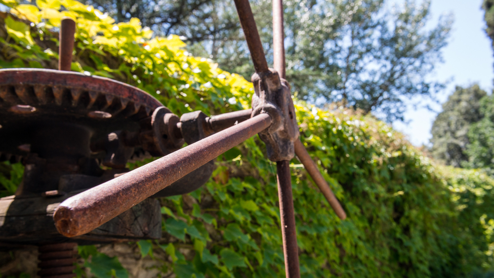 Italy : Tuscany : An old press at Selvapiana in Chianti Rufina