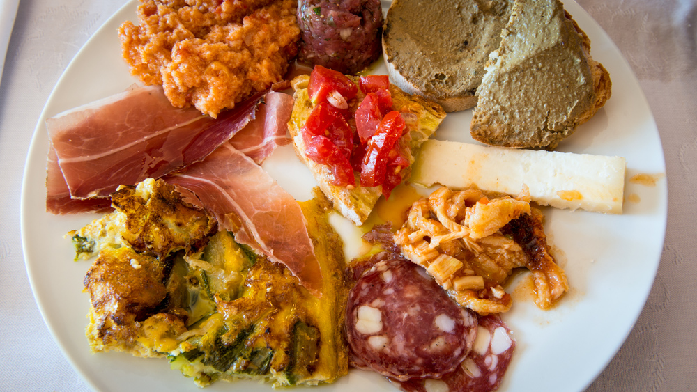 Italy : Tuscany : Lunchtime at Selvapiana in Chianti Rufina