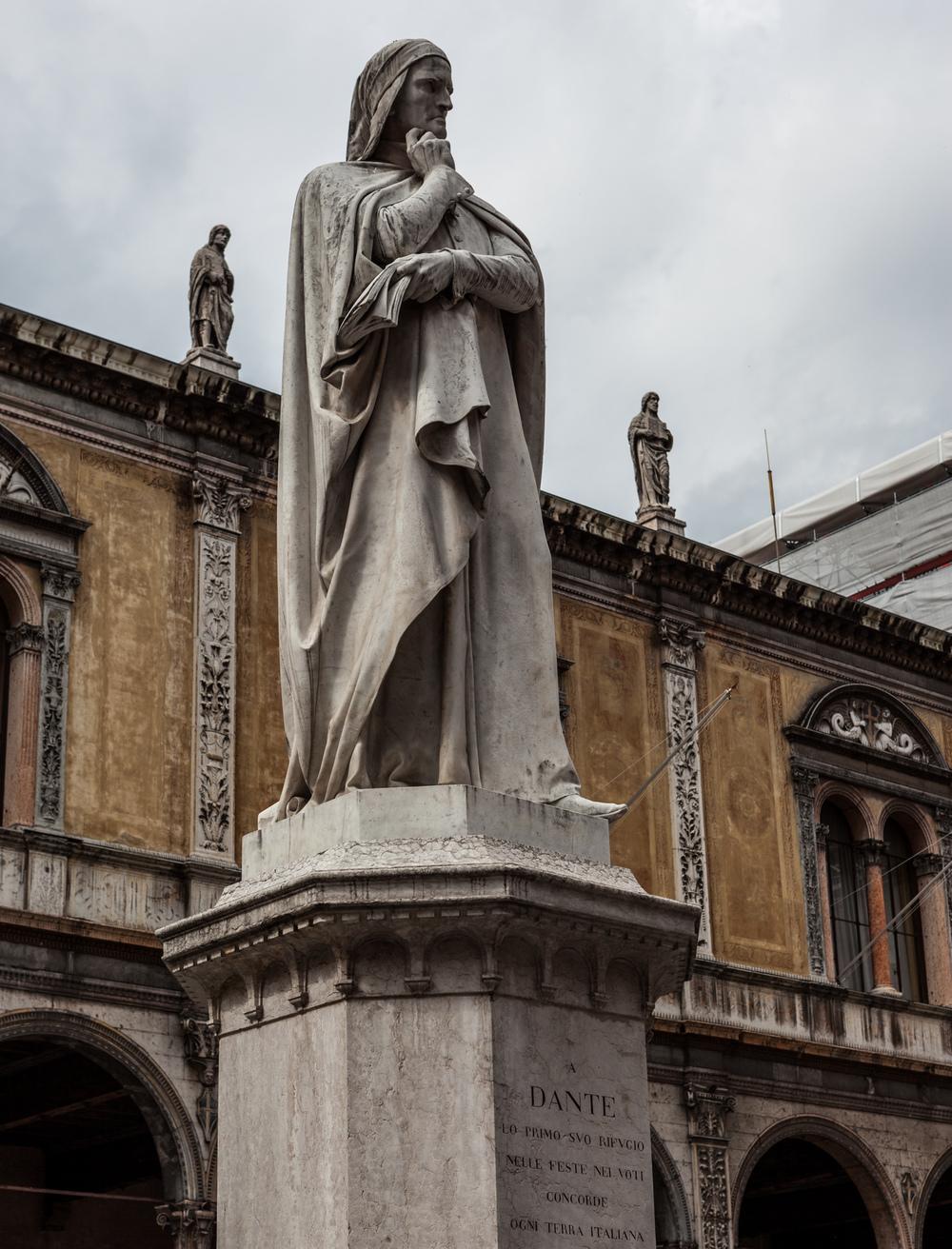 Italy : Veneto : Dante, Verona