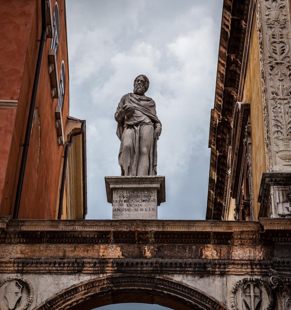 Italy : Veneto : Girolamo Fracastoro, physician/poet/scholar, Verona