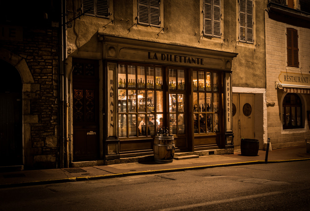 Burgundy : Beaune : La Dilettante