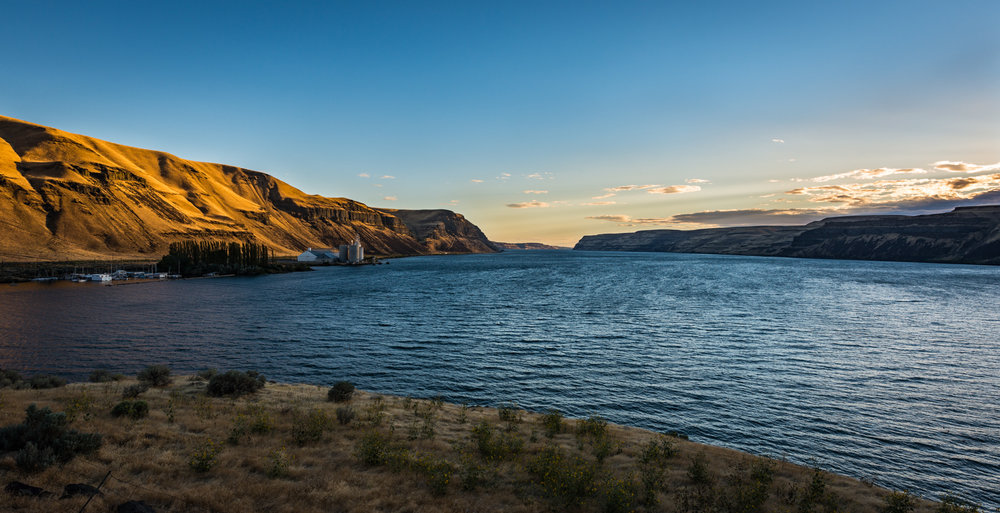US : Washington : Columbia River
